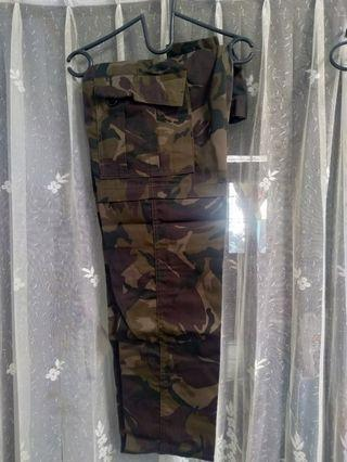 Celana Cargo Army (Baru)