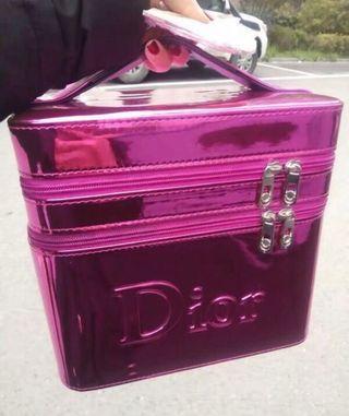 D I o r 桃紅色大號手提化妝箱