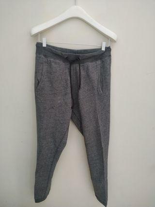 Celana sweatpants jogger