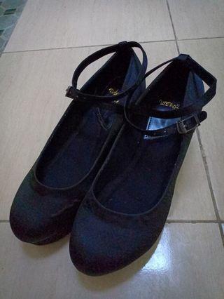 Black wedges / black shoes / women shoes