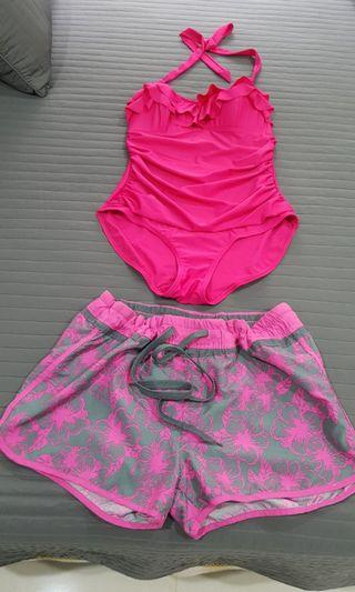 Bathing suit and shorts 游泳衣