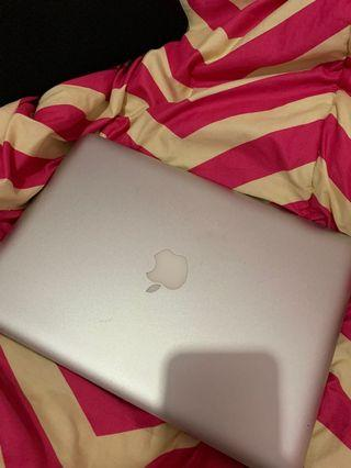 Macbook pro 13 inch 2010 NO MINUS [BU]