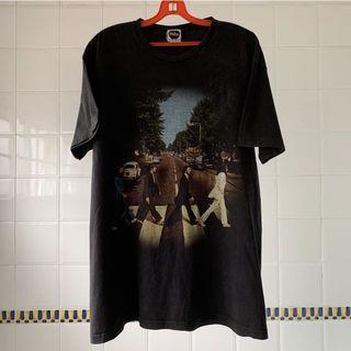 "The Beatles ""Abbey Road"" Album 2006 T-shirt"