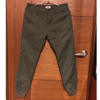 CACO 軍綠羅紋縮口褲