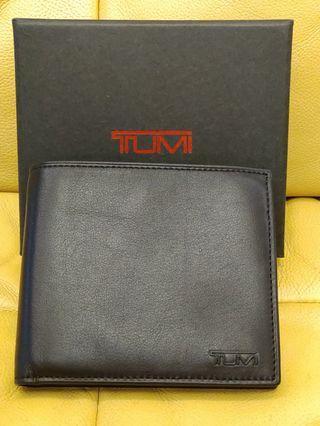 TUMI 全新小牛皮 皮夾 短夾 多隔層 專櫃正品  附原裝盒