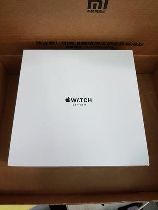 Apple Watch series 3 42mm 不鏽鋼 GPS+行動網路版 白