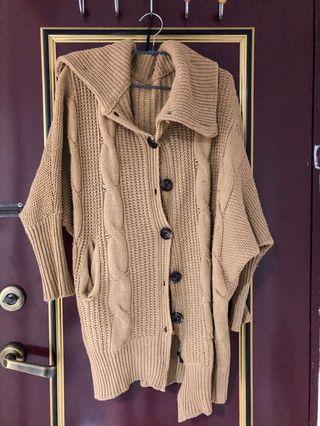 厚針織修身長版外套 駝色
