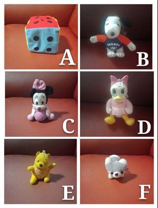 【均一價每隻30元】娃娃大出清:骰子、史努比、黛西鴨、小熊維尼、哈士奇