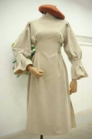杏色西裝材質設計感綁帶長裙