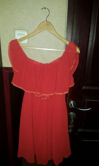 #visitsingapore Red off shoulder dress