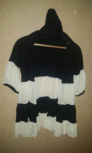 #visitsingapore  Black n white transparent outer