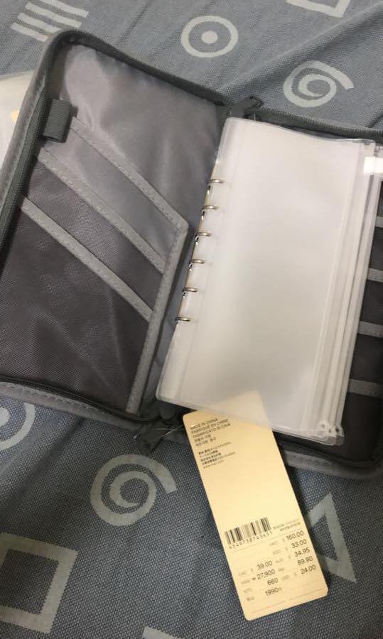 全新 無印良品 護照夾+補充內頁