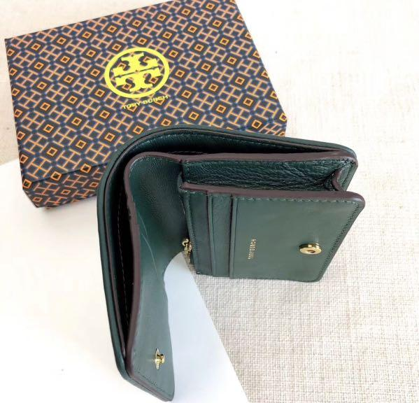 Authentic Tory Burch small Fleming wallet with coin compartment and nite compartment