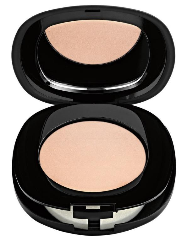 Elizabeth Arden Flawless Finish Everyday Perfection Bouncy Makeup $50