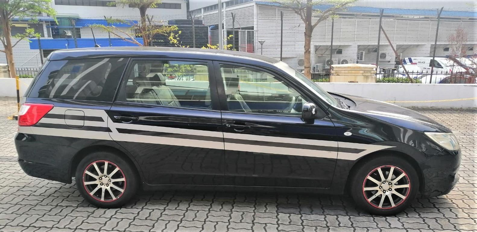 Subaru Exiga 2.0A @ Lowest rental rates, good condition!