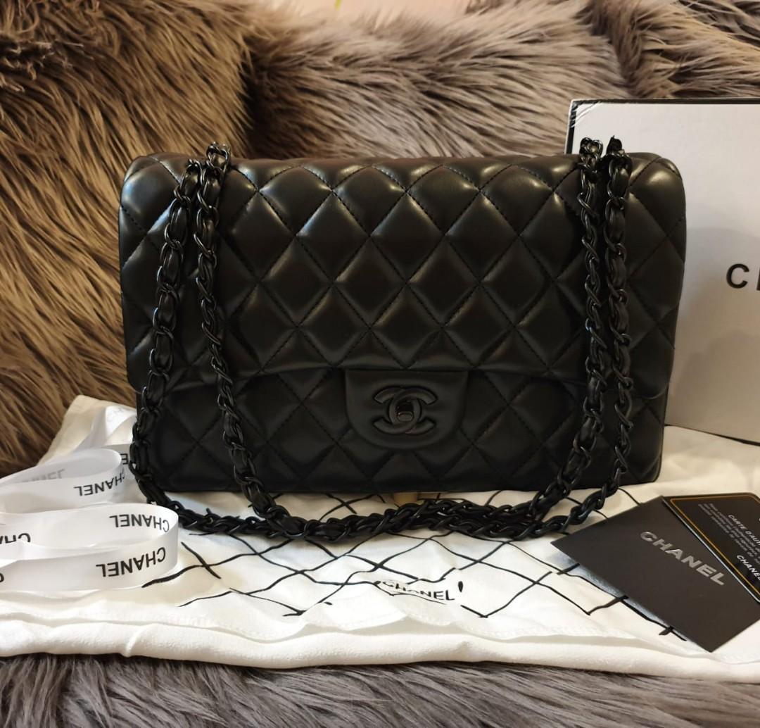 Tas Chanel Chanel classic Lambskin So Black sz 28 semi premium authentic