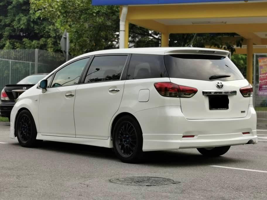 TOYOTA WISH 1.8  FULL SPEC SAMBUNG BAYAR/CONTINUE LOAN