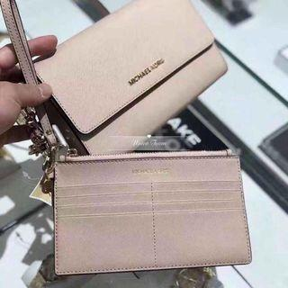 Michael Kors 2 in 1 Wallet On Chain