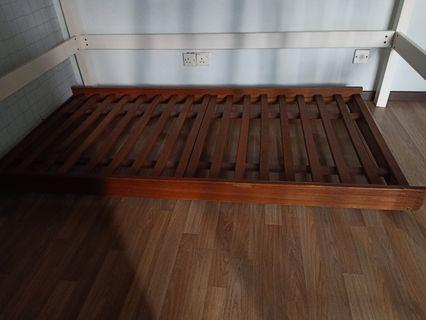 Sliding Single bed with wheels