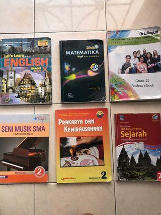 Buku Pelajaran untuk SMA