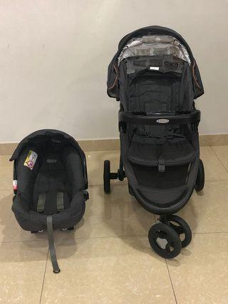 Graco Stroller fast action fold 3 wheeler with infant car seat