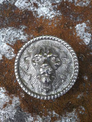 Buckle Jofrah The Lion