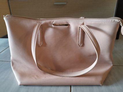 Vincci Shoulder Bag
