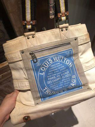 LV bag not sure it's authentic or not