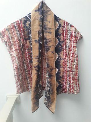 Cardigan batik model crop