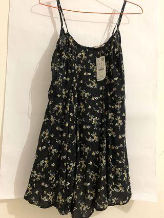 PULL&BEAR NEW DRESS ORIGINAL STORE WITH TAG