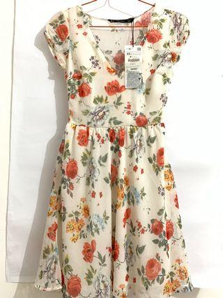 ZARA SUMMER DRESS NEW STORE WITH TAG