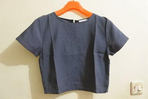 Pull and Bear Checkered Crop Top