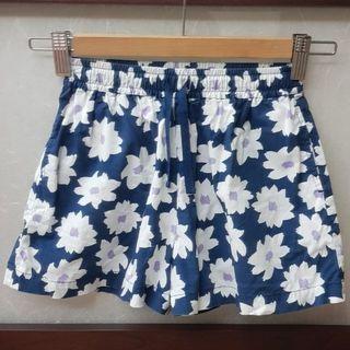 二手Uniqlo女童雙口袋鬆緊帶褲裙(110-125)