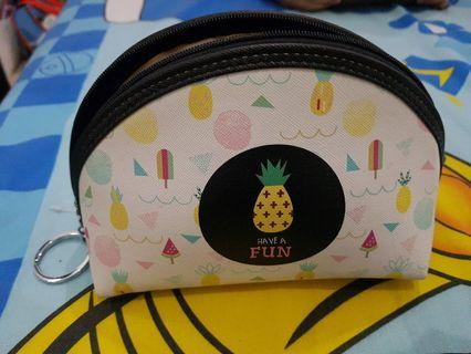 Colorbox pouch