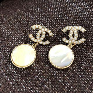 小香風珍珠貝殼耳環