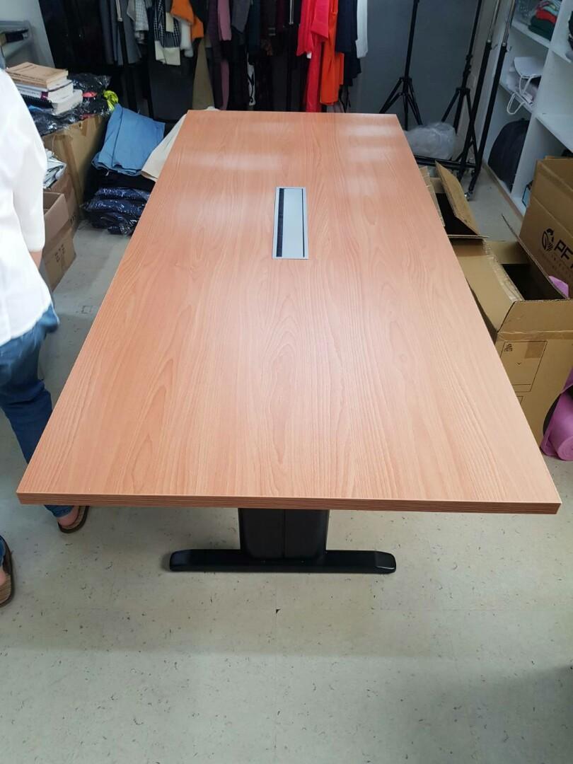 會議桌(線槽)210*90公分