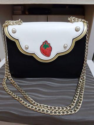 小草莓時尚設計限量鏈條包