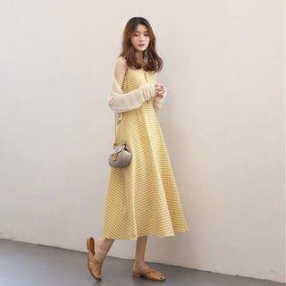 黃色吊帶格子連衣裙