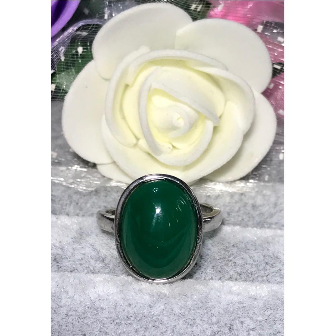 禮品佩飾美麗新選擇~天然綠瑪瑙戒指 活圍戒托