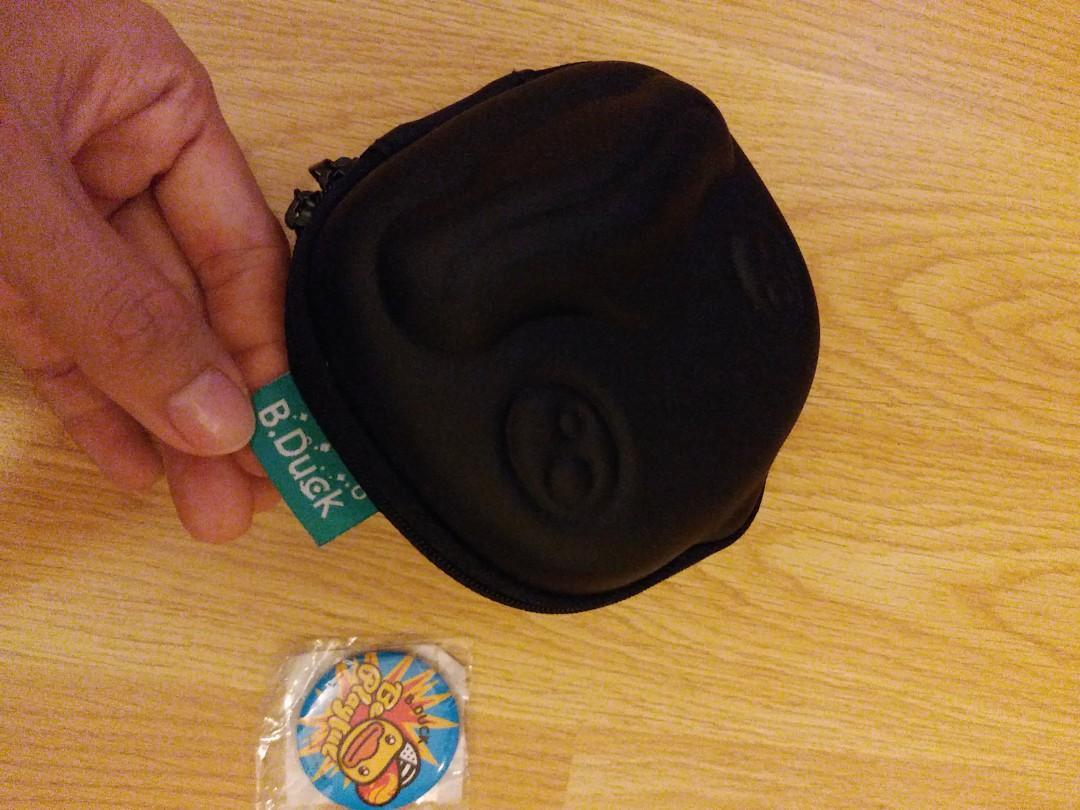 全新正版 B duck 盒 相機盒 (送襟章) 人地賣40蚊