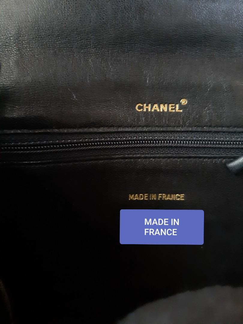 AUTHENTIC CHANEL ORGANIZER POUCH/ WALLET - QUILTED BLACK LAMBSKIN LEATHER- CC LOGO DESIGN - HOLOGRAM STICKER INTACT - GOLD HARDWARE- COMES WITH EXTRA ADD. HOOKS & LONG CHAIN STRAP FOR CROSSBODY SLING - OVERALL GOOD - CLASSIC  VINTAGE,  NO FUSSY BUYERS