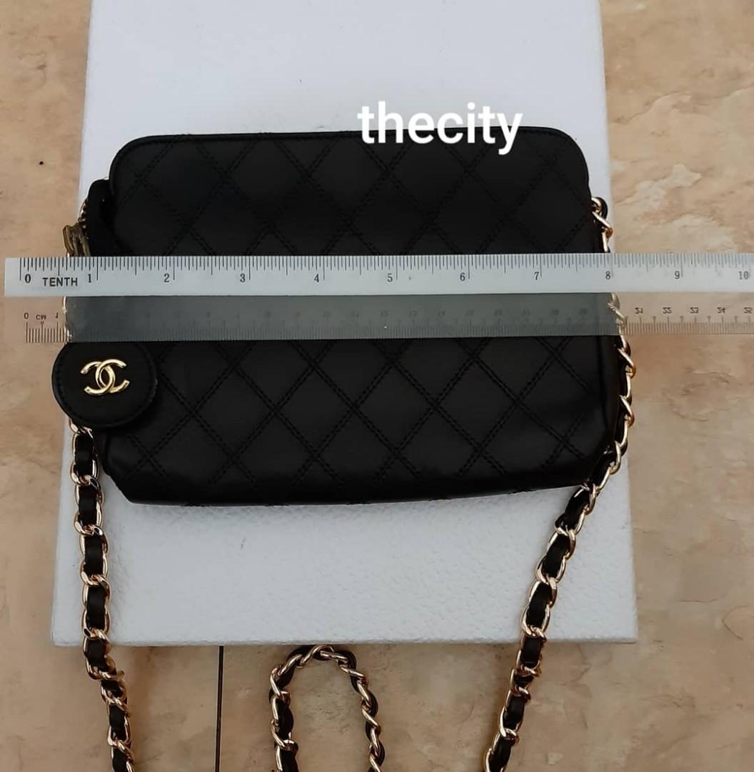 AUTHENTIC CHANEL QUILTED BLACK LAMBSKIN LEATHER VANITY POUCH BAG -  CLEAN INTERIOR - CLASSIC TIMELESS VINTAGE- GOLD HARDWARE- COMES WITH EXTRA ADD. HOOKS & LONG CHAIN STRAP FOR CROSSBODY SLING