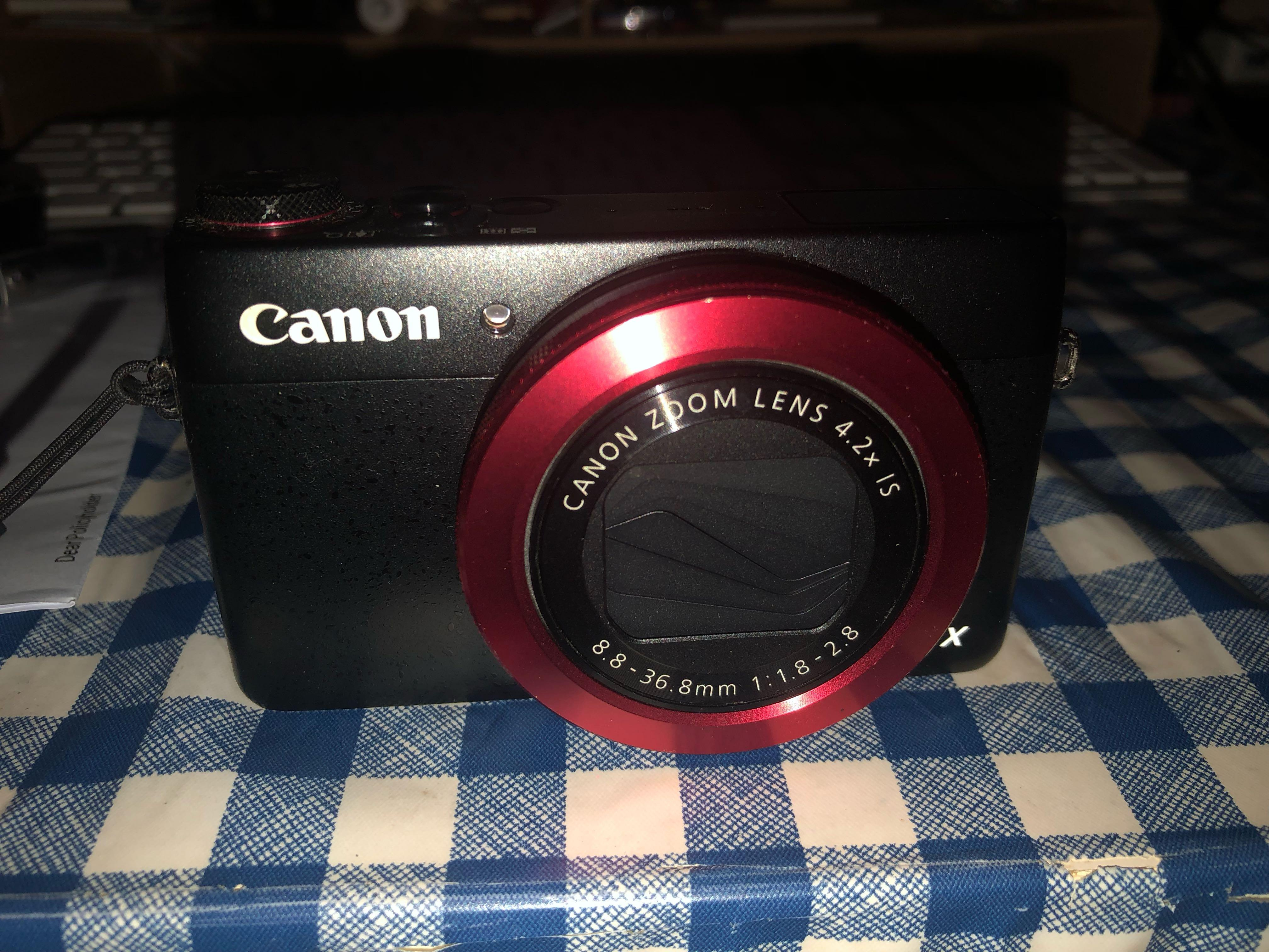Canon G7X Red