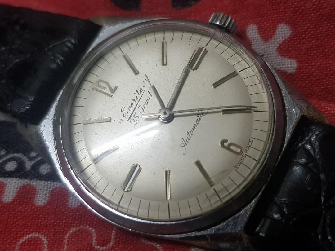 Everite Watch