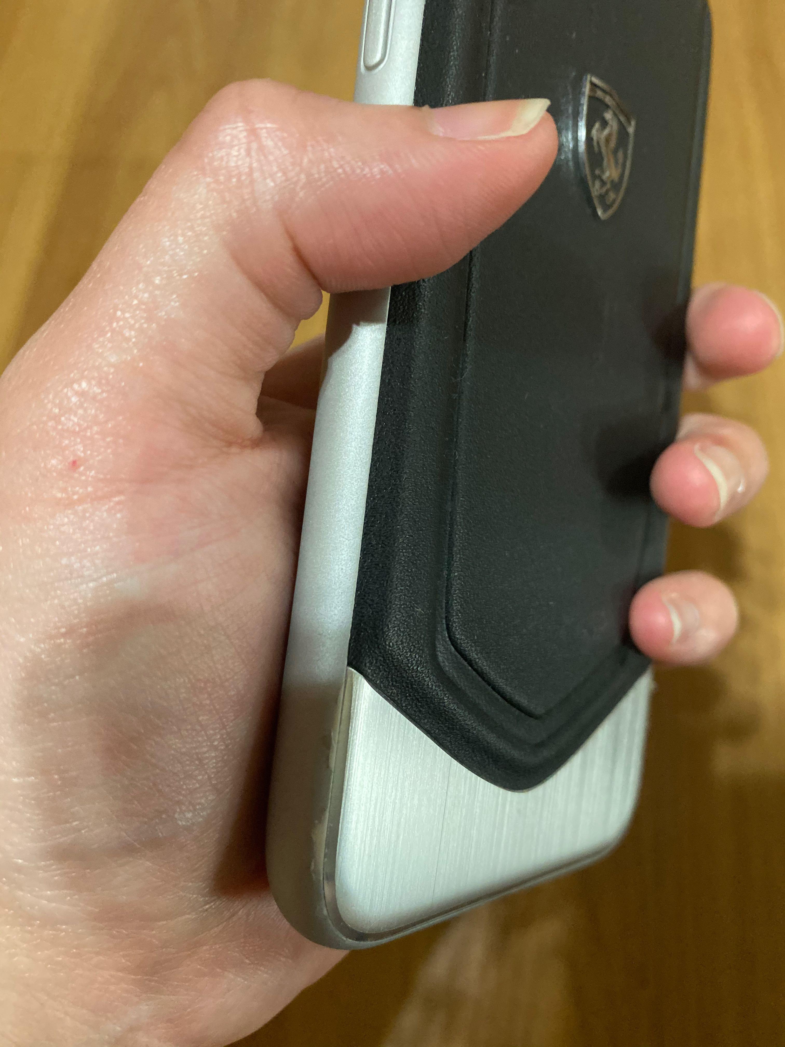 IPhone X Ferrari Casing