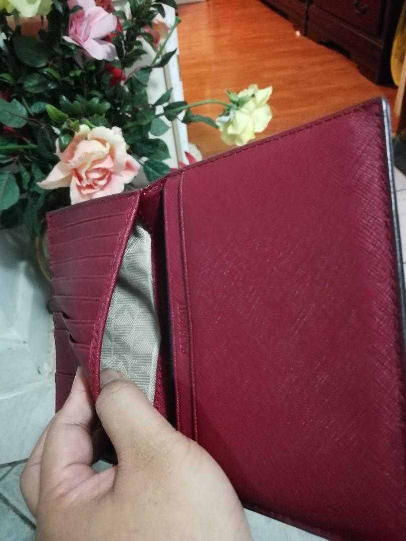 Michael Kors Jet Set Saffiano Passport Holder in Red