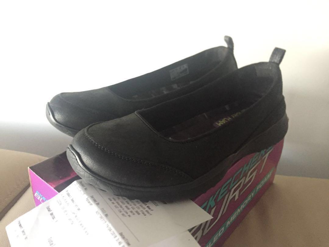 Skechers Light weighting shoes