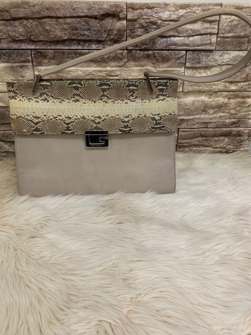 Tas tangan Gucci vintage authentic full leather mewah multifungsi 33 x 14 x 12 cm big size buat pesta, ngantor acara formil lainnya 80% OK