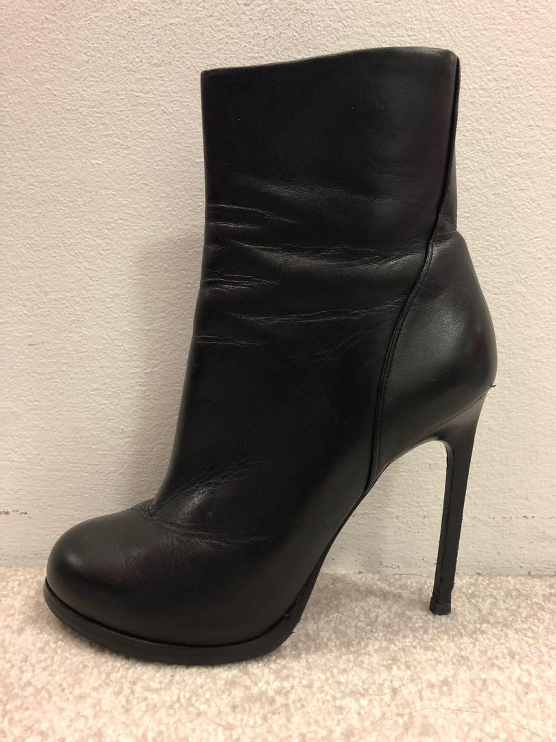 Zoe Wittner Black leather stiletto ankle boots sz37