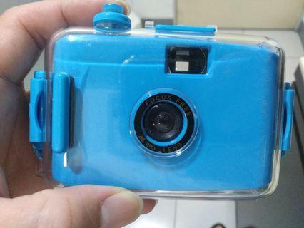Limo防水底片相機